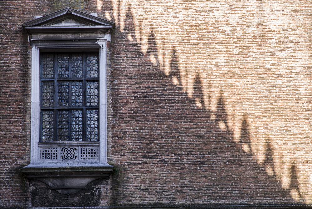 Doge's window