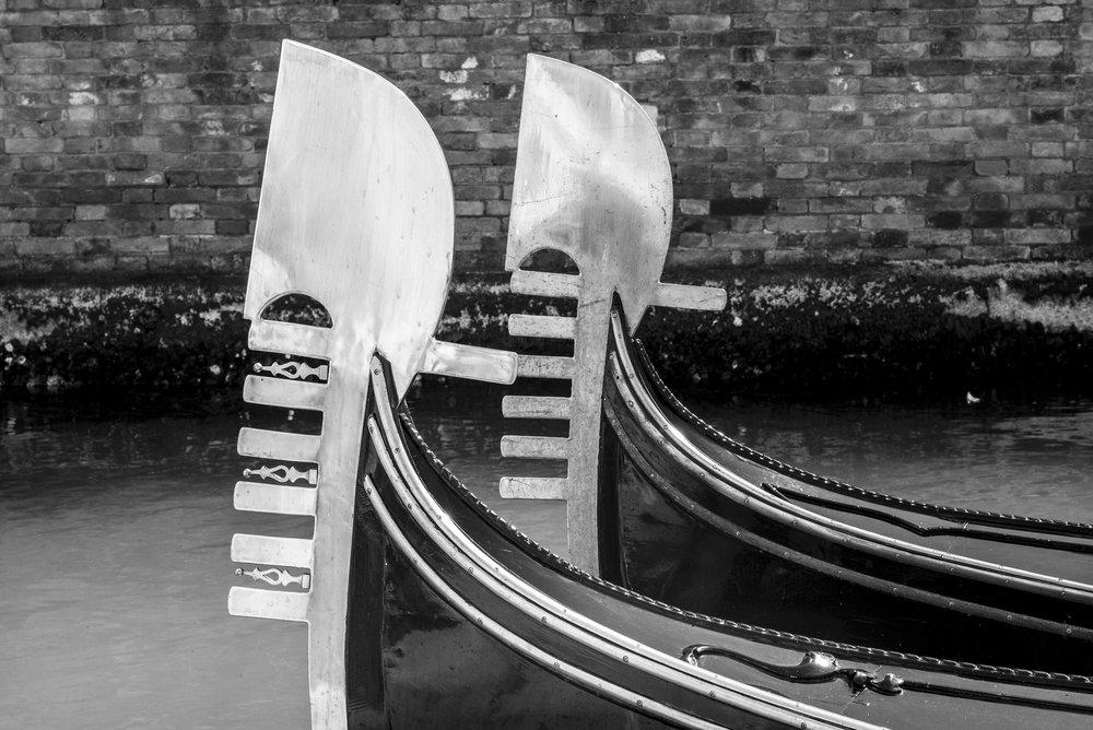 Gondola Bows