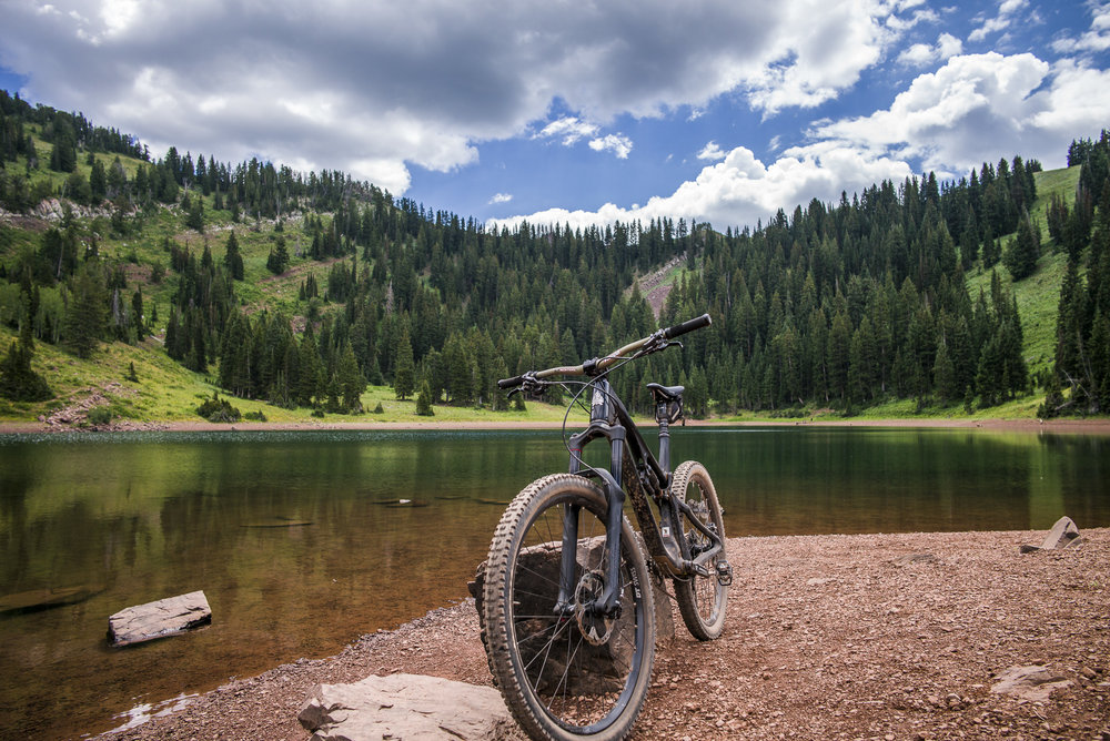 Ride to Desolation Lake off the Crest Trail