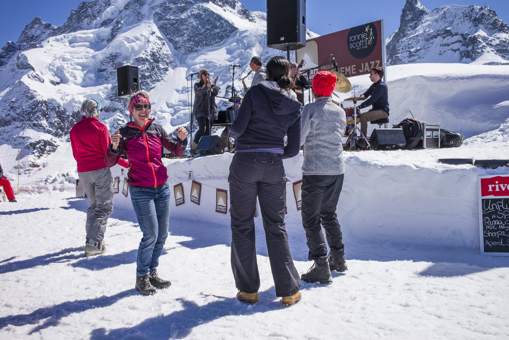 Dancing in front of the Ice Stage of the Gangehütte at Zermatt Unplugged