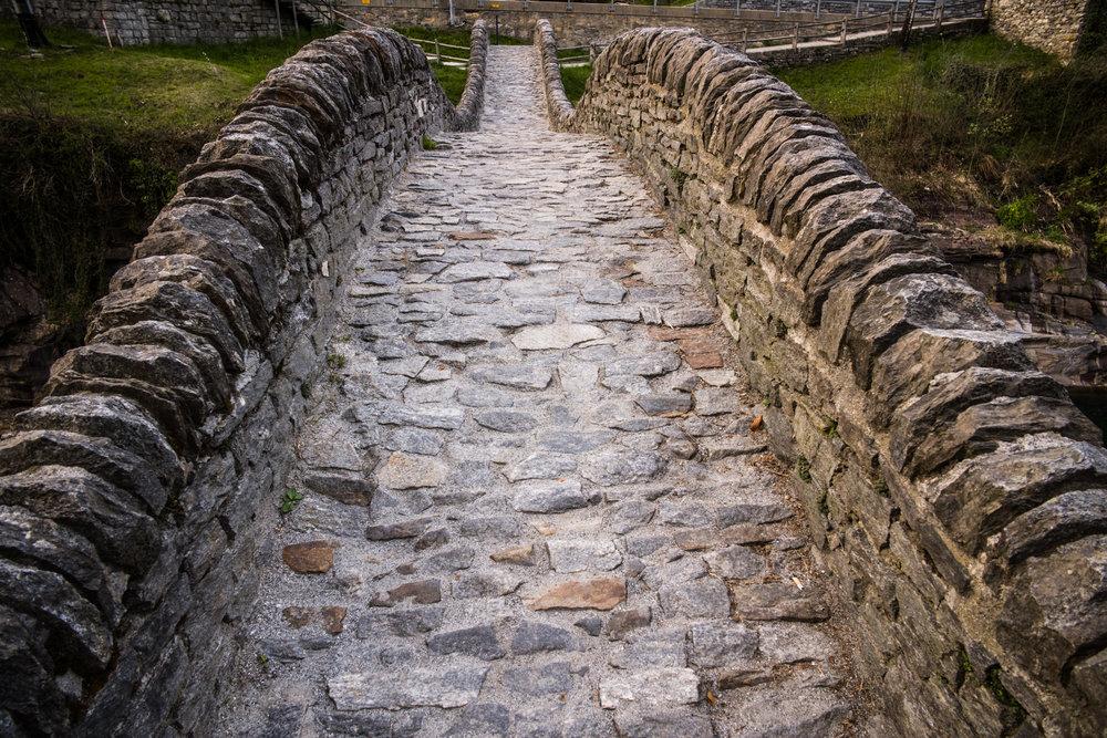 Ponte dei Salti stone bridge