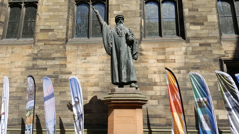 The church is named after the 16th century leader of the Reformation in Scotland, John Knox, considered to be the founder of the Church of Scotland.