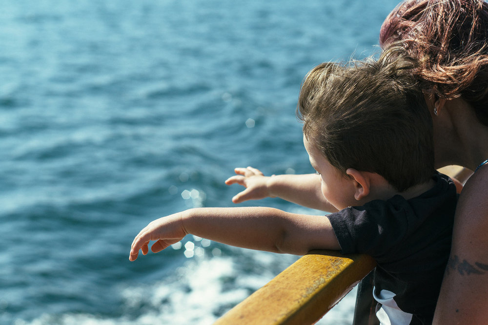 Broken bones in children are common, typically occurring after a fall.Symptoms of broken bones in kids include pain, swelling, and/or abnormal appearance of the area concerned. -