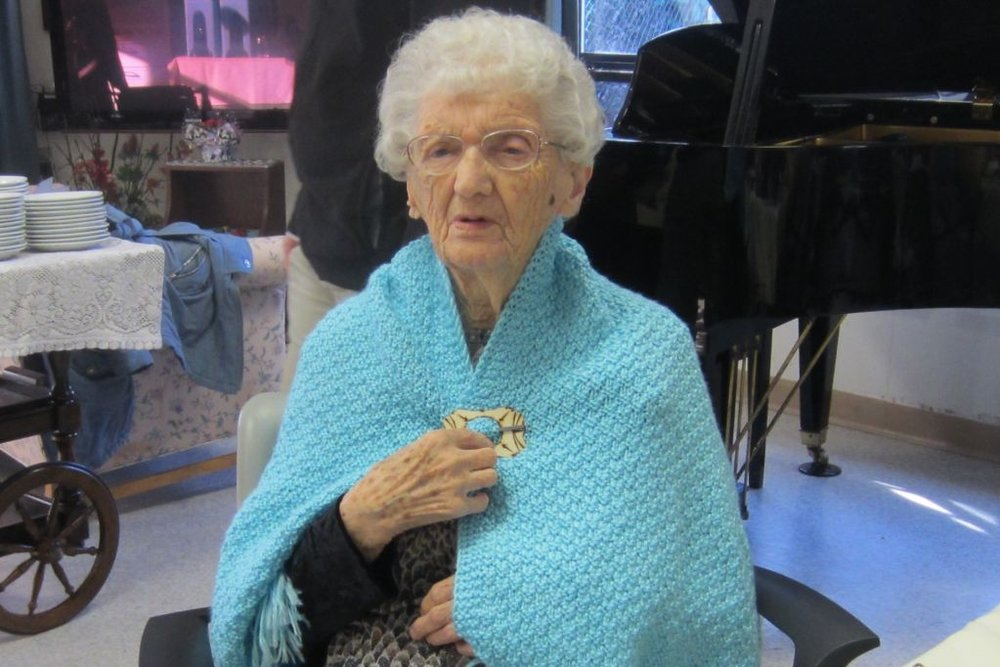 Violet Bardessono, lifetime resident of the Comox Valley, recently celebrated her 100th birthday with a party attended by CWL members, friends, and family!