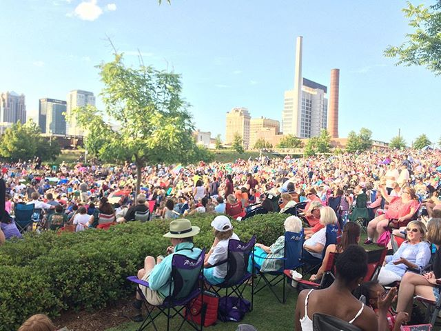 Amazing crowds this weekend for the @alsymphonyorch series at @railroadpark