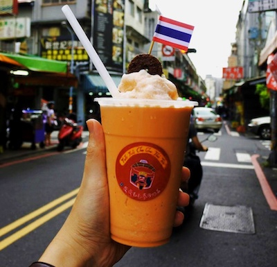 Thai Smoothie_Street Food_Sidewalk Blog