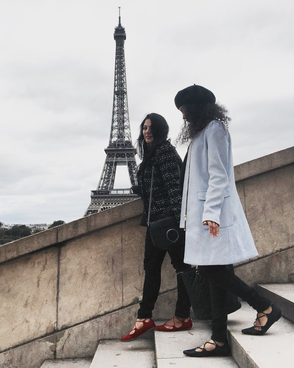 SISTERS IN PARIS  -