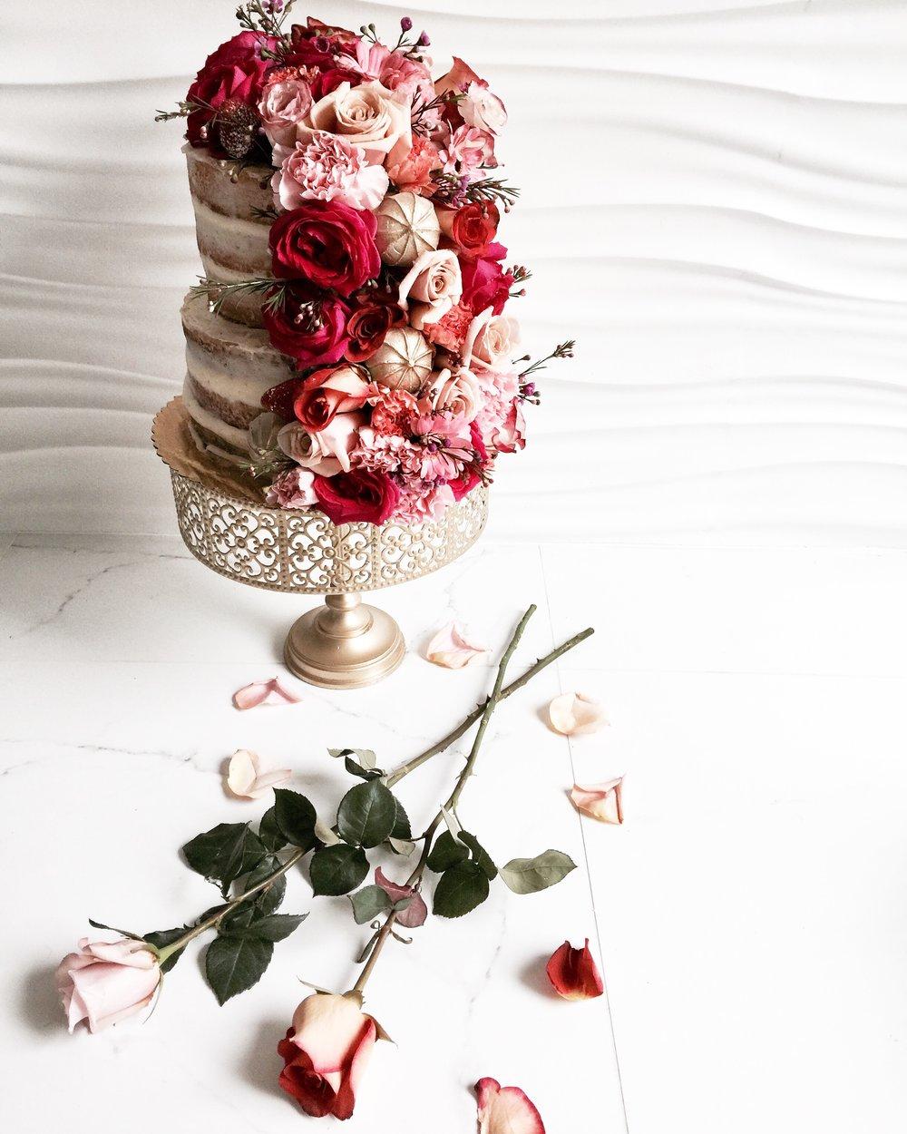 NAKED FLORAL CAKE -