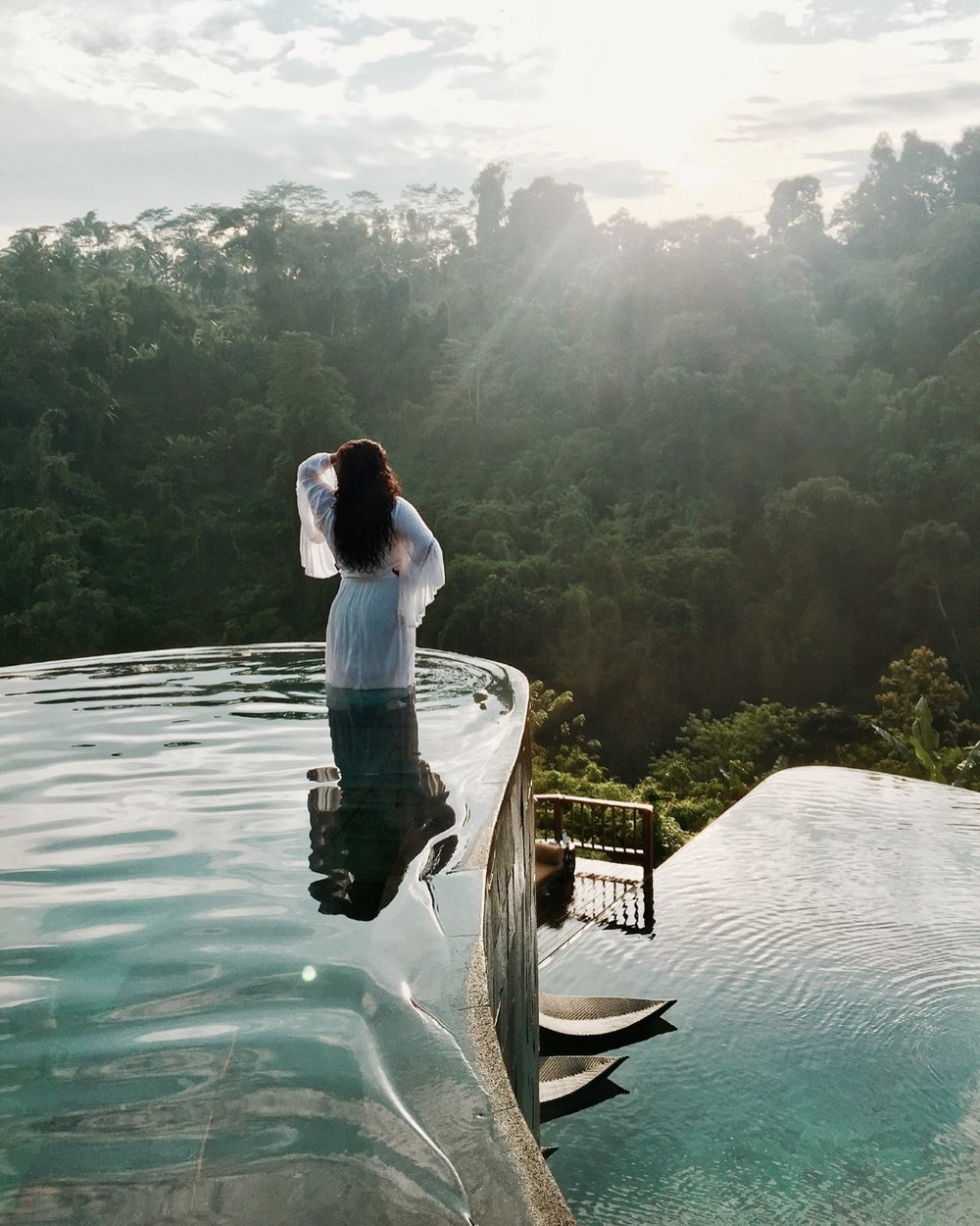 HANGING GARDENS HOTEL  - A 7 Star hotel known for its luxurious destination in the heart of Bali, a spectacular resort with the World's Best Swimming Pool.