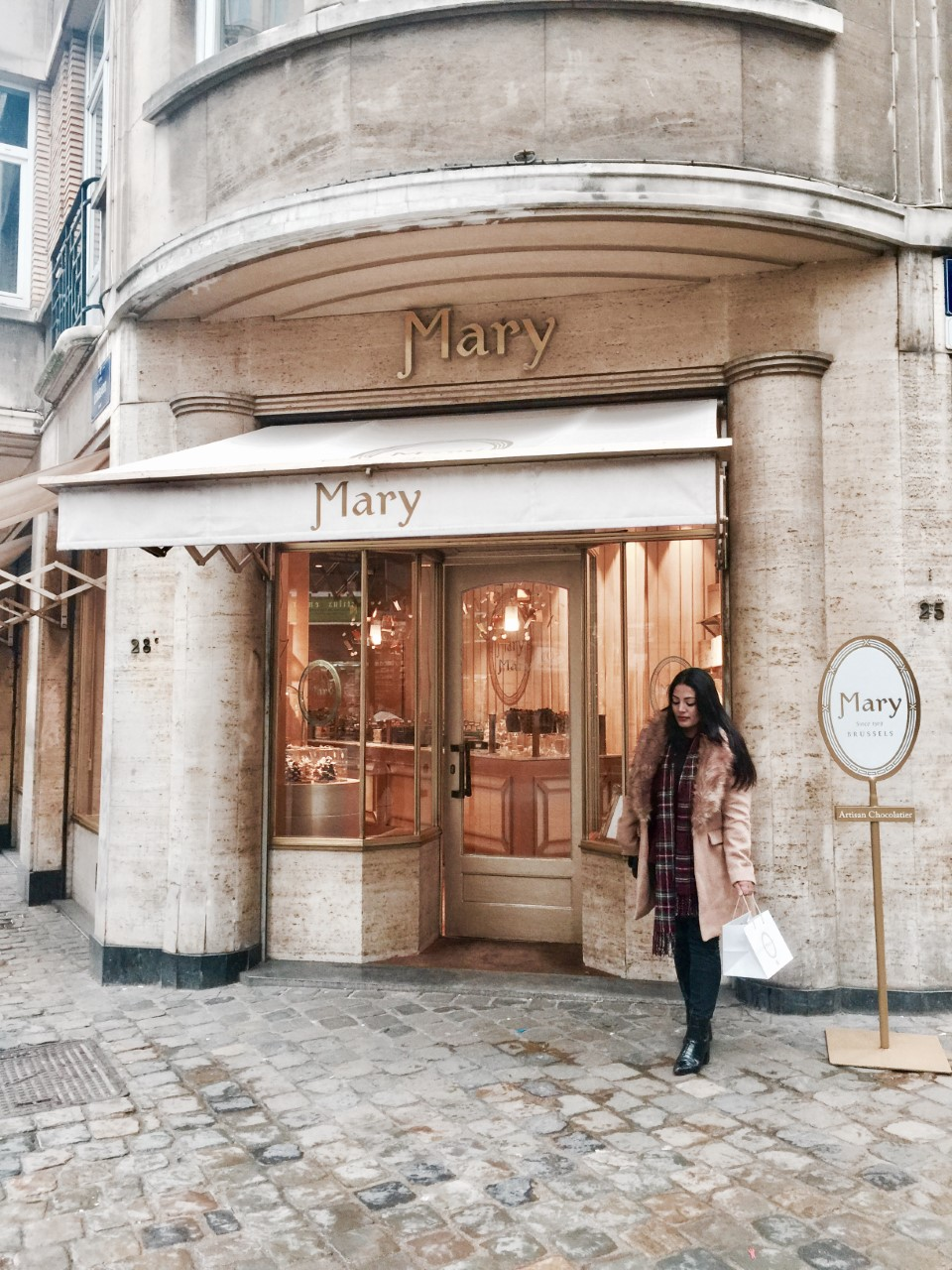MARY'S CHOCOLATIER - Mary is the grande dame of Belgian chocolate.The 92-year-old chocolatier is a favorite of the Belgian royal family, filled with rows of caramel, marzipan, chocolate mousse, ganache and cream-filled pralines. It easy became my favourite too!