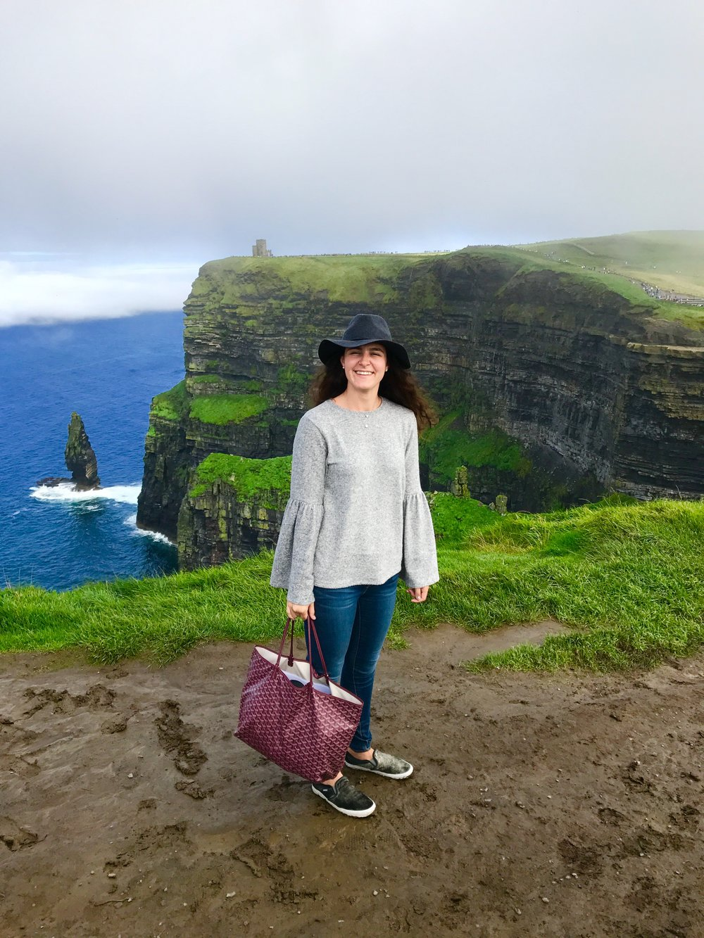 Ireland 09.05.17   The views at the Cliffs of Moher never cease to amaze me. These warm & comfortable closet staples are super versatile and have been my go-to items in Ireland this year! Click  here  to shop!