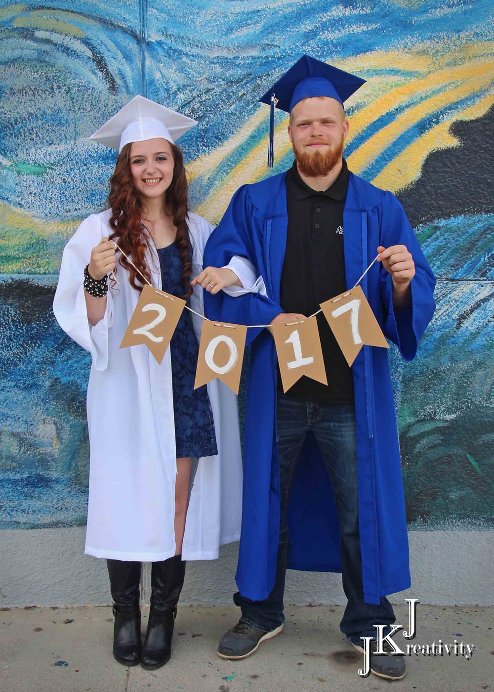 Want to schedule your Cap & Gown Session with a friend?  ...check out our 30 minute Cap & Gown Doubles Session    $25 per person if paid separate, $40 if paid together  Each graduate will receive: access to an online gallery of your photo proofs, 10 gallery proofs with simple edits (cropping & color correction), 3 free digital downloads of your choice    Click here to schedule