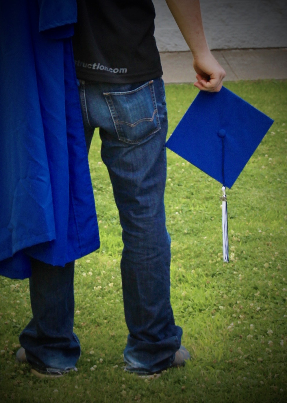 We are offering exclusive specials on portrait prints for our  Cap & Gown Sessions. -  Check out portrait packages here.