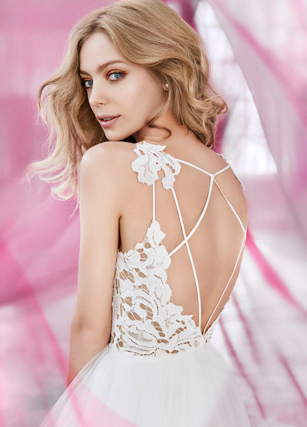 blush-hayley-paige-bridal-lace-tulle-ball-gown-scalloped-v-neck-strap-tiered-tulle-horsehair-trim-1600_x5.jpg