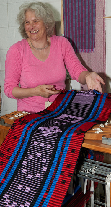 2515-Weavers and ProjectsSep 05 2016.jpg