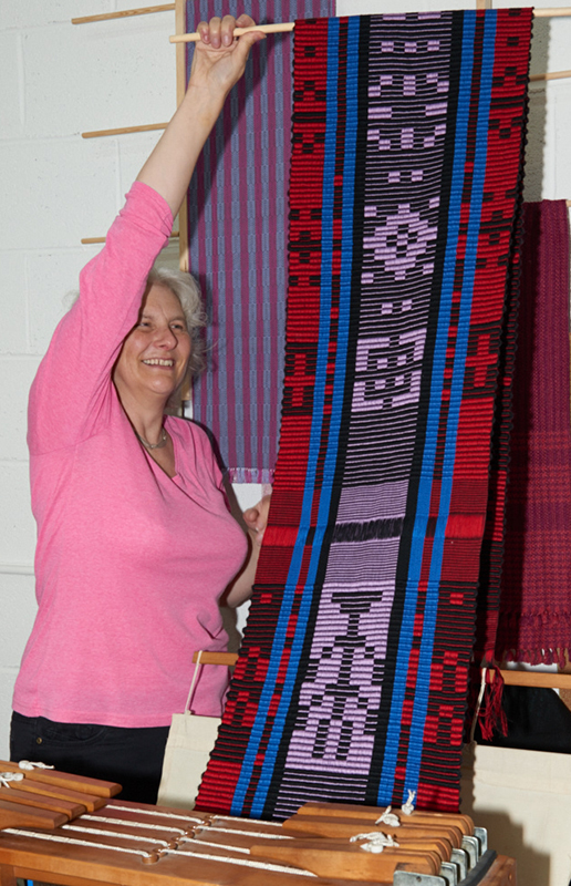 2517-Weavers and ProjectsSep 05 2016.jpg