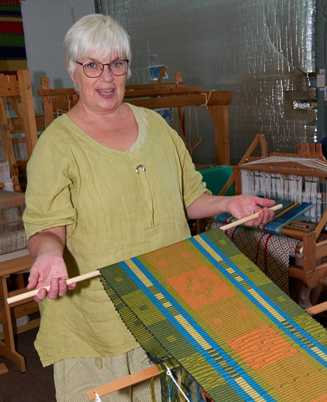 2520-Weavers and ProjectsSep 05 2016.jpg