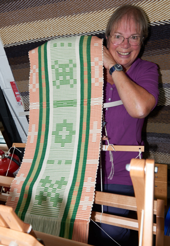 2541-Weavers and ProjectsSep 05 2016.jpg