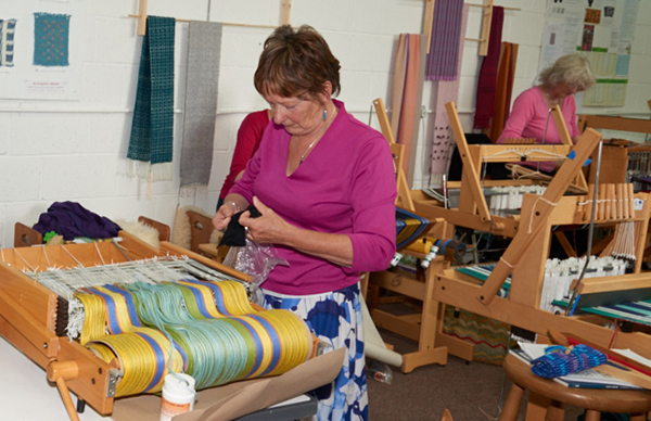 2548-Weavers and ProjectsSep 05 2016.jpg