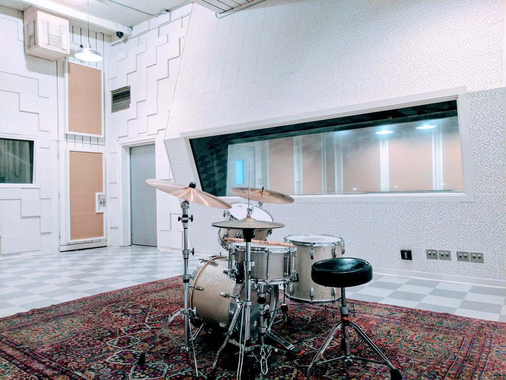 Live B Drums.jpg