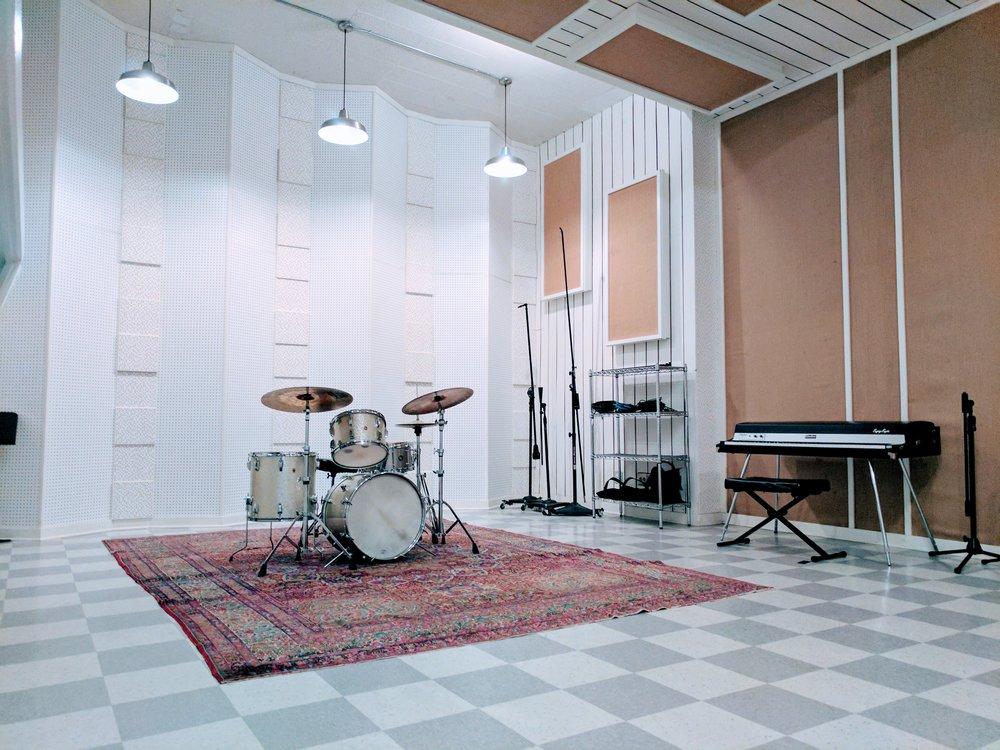 Live B Drums Rhodes.jpg
