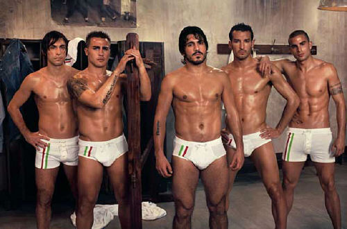 ITALIAN NATIONAL TEAM MEMBERS NOT OVERLY MUSCULAR UP TOP