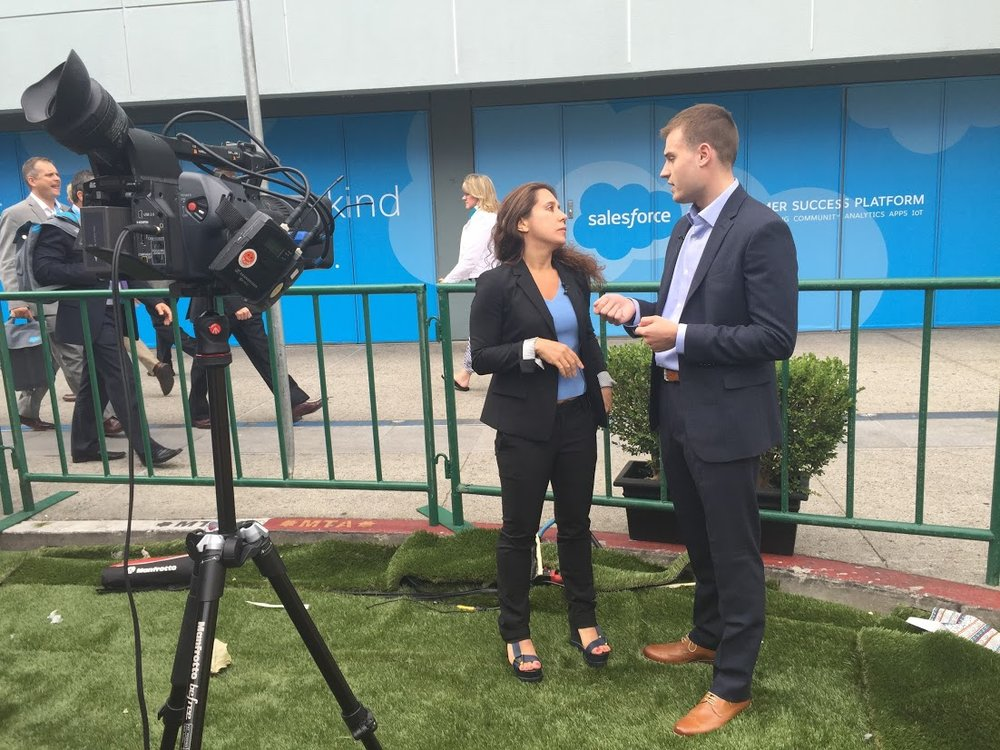 Speaking at Conferences - Every now and then I get invited to speak at conferences on the topics of analytics, and growth marketing. The largest and most fun venue yet was the 2015 Dreamforce conference by Salesforce. The event took over downtown San Francisco.