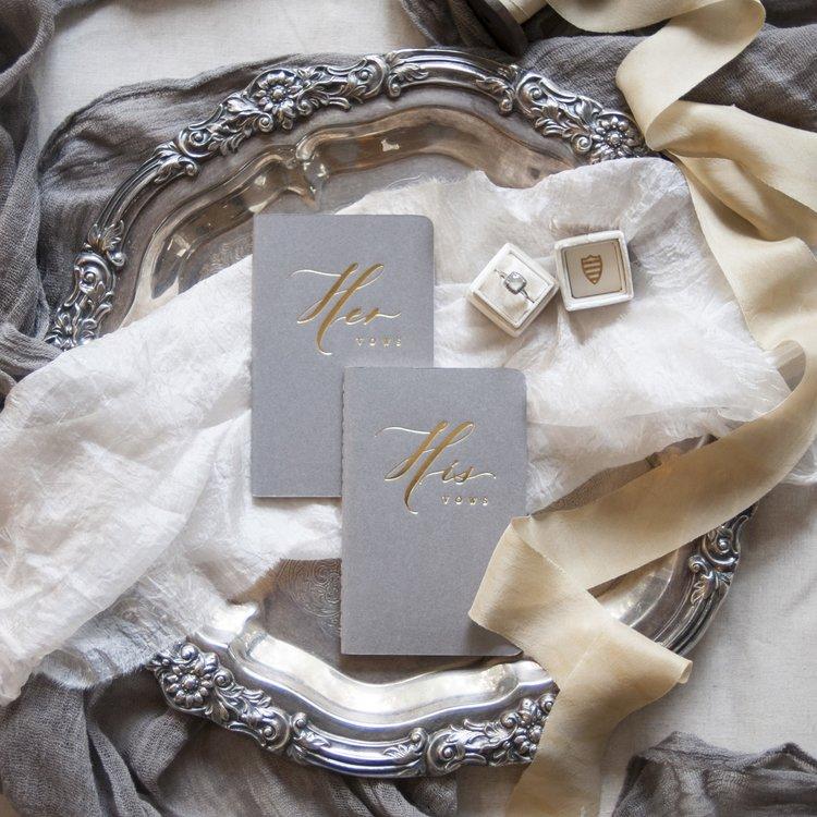 Seniman+Calligraphy+Gold+Foil+Press+Vow+Book.jpg