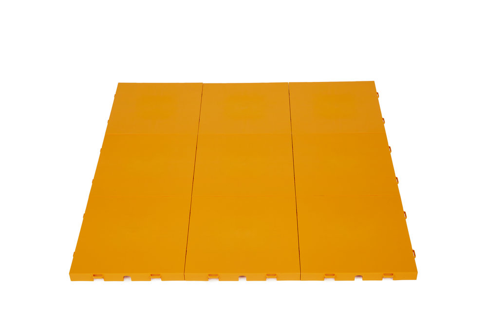 Sections come pre-assembled in 3ft x 3ft or 3ft x 4ft sheets