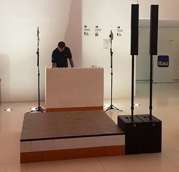 Build DJ booths on platforms