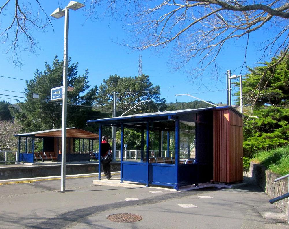 Takapu Station (3).jpg