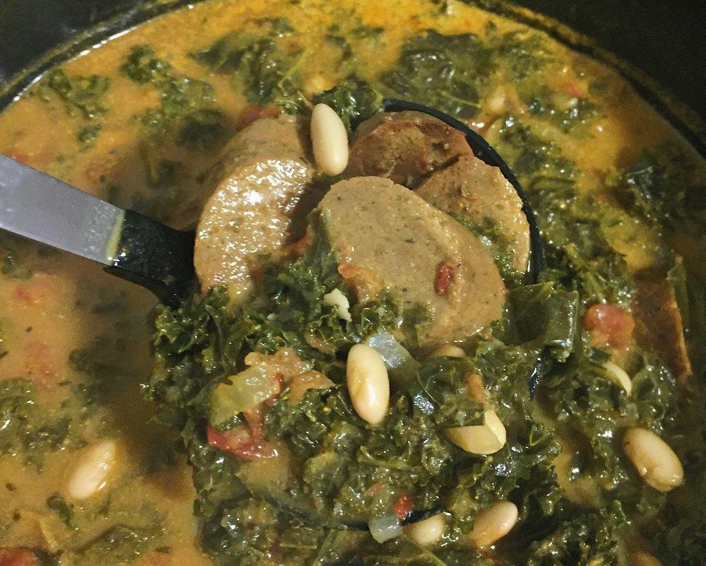 Sausage-less white bean and kale stew