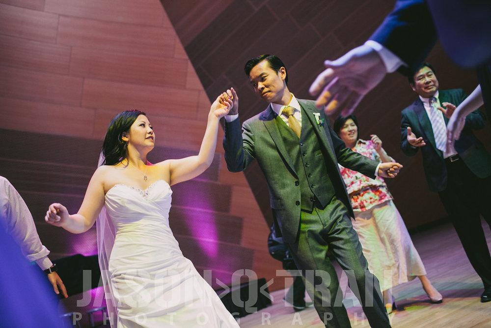 disney-concert-hall-wedding-8.jpg
