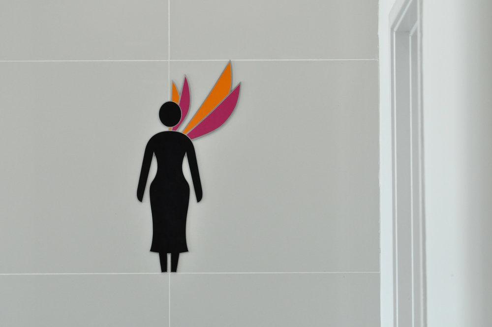 MoM_Sign_Toilet_Female_0523.jpg