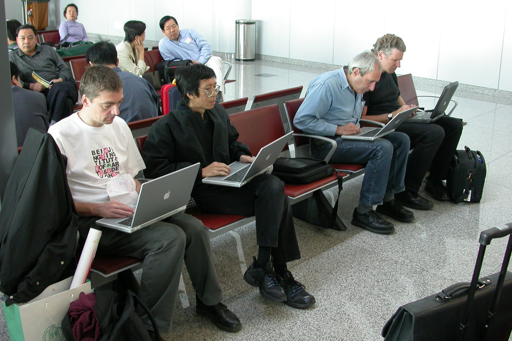 whwWeb_About_whw_Activities_CN_Beijing_Airport_Work.jpg