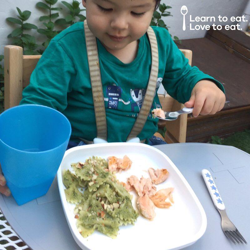 salmon, broccoli pasta toddler dinner idea