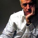 W: VaughanHoy.com | FB: Vaughan Hoy Music | IG:@Vaughan_Hoy