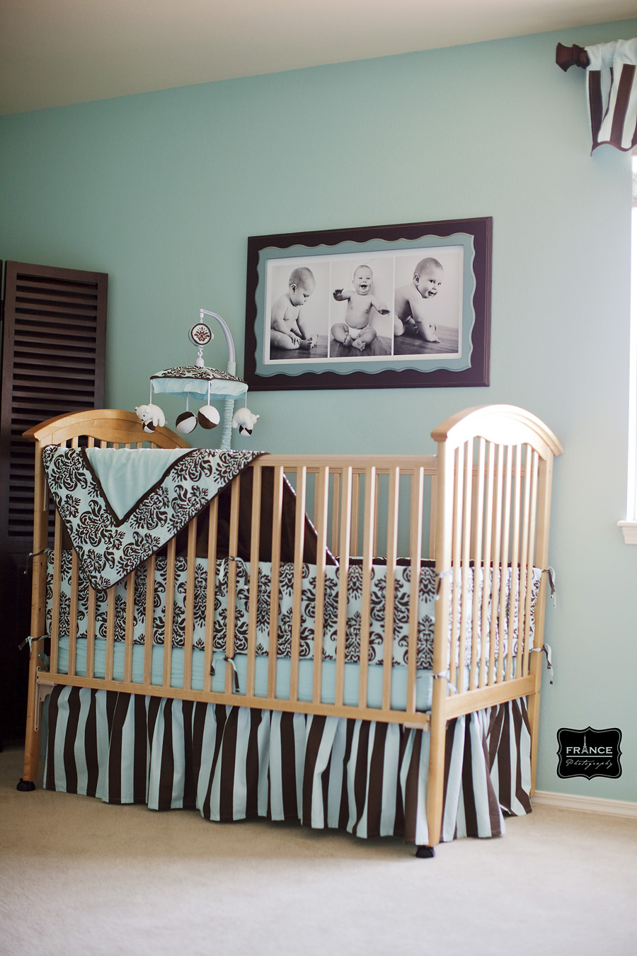 blue and brown nursery decor