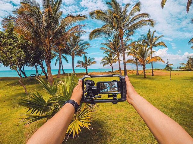 Just testing my new #TriadGrip from @gopole to hold my GoPro 3+black connected to the @removu A1+M1 wireless microphone 🌴🙌🏼😎 . . .  #gopro #maui #goprosetup #goprodreams #goprogoals #hawaii #paradise #gopropov #goprolife #goprophotography #hero5 #betheaction #gopro3plus #removua1m1 #gopole #kihei #hawaiianstyle #dakine