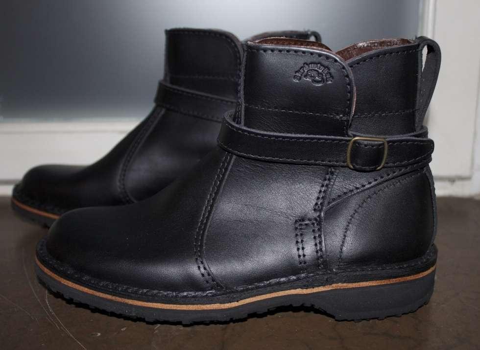 kero boots