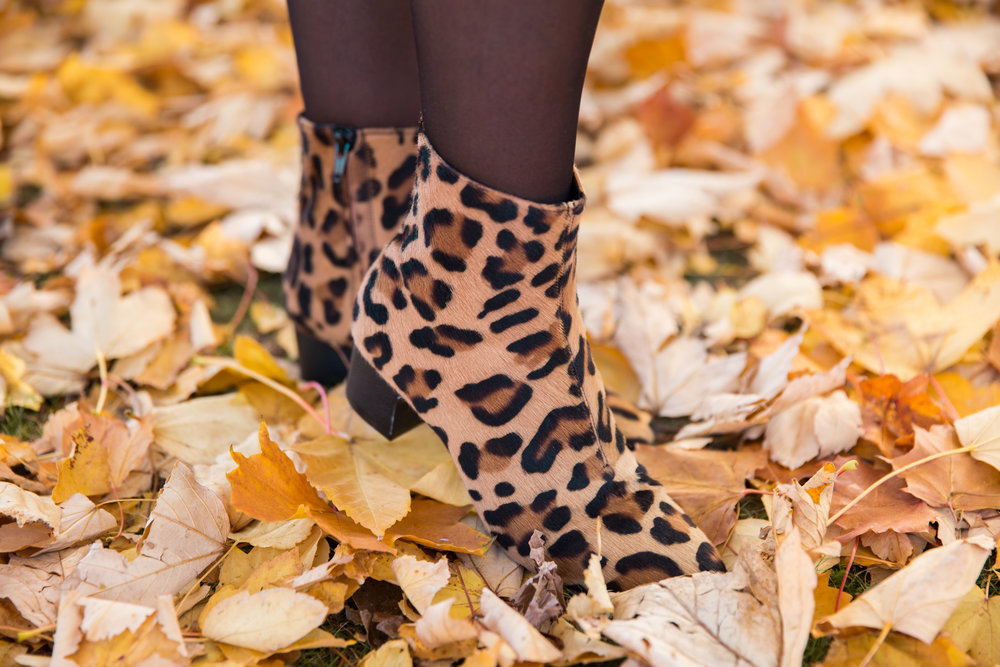 Rizzo leopard boots.jpg