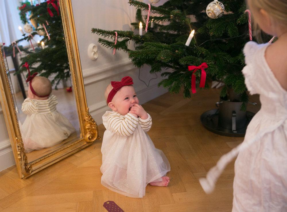 lillasyster storasyster jul.jpg