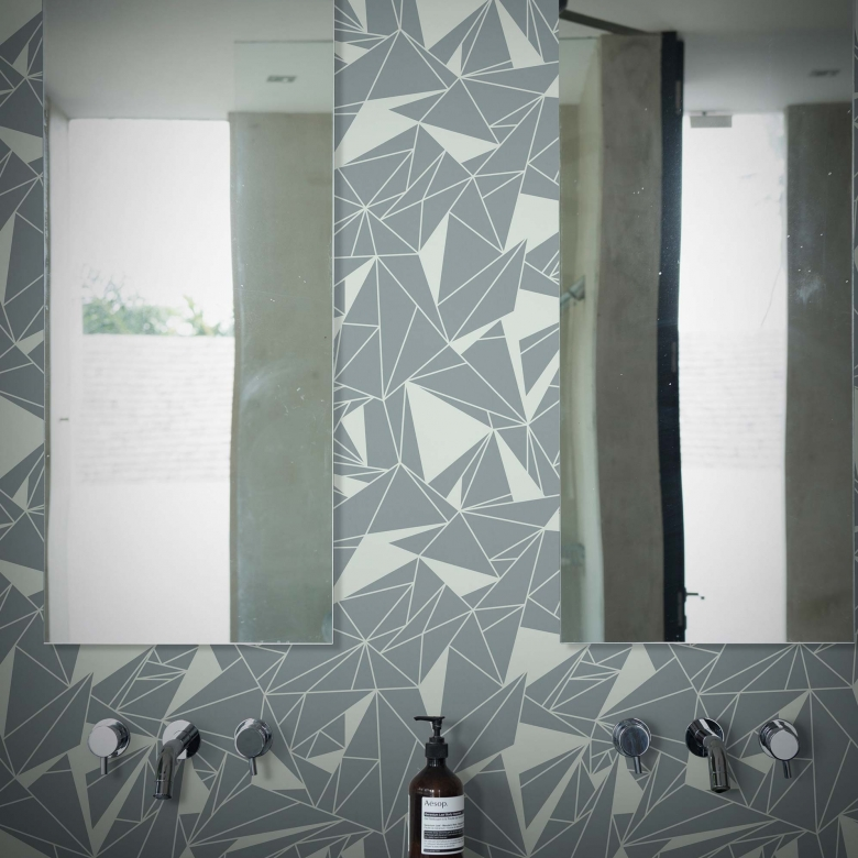 grey crystallise geometric wallpaper 2220.jpg