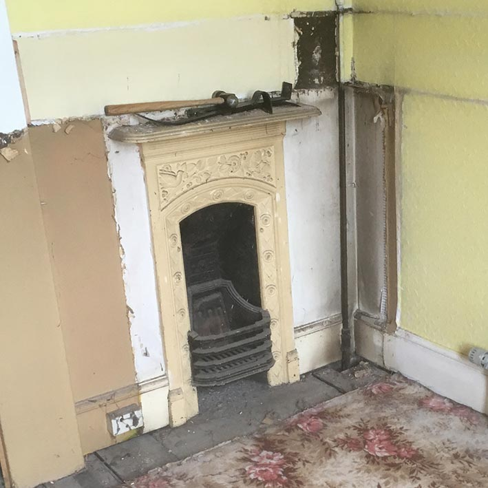 With a little TLC this original Victorian fireplace will gleam like new, setting hearts alight.