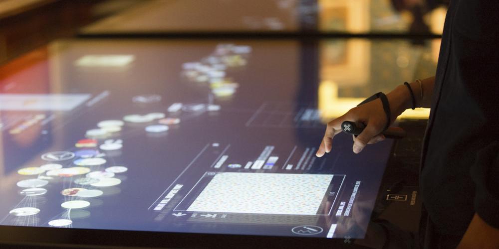 The Cooper-Hewitt Design Museum har satsat stort på interaktiv teknologi som på ett smart sätt öppnar museets samlingar för besökarna och uppmuntrar deras egen kreativitet och nyfikenhet.
