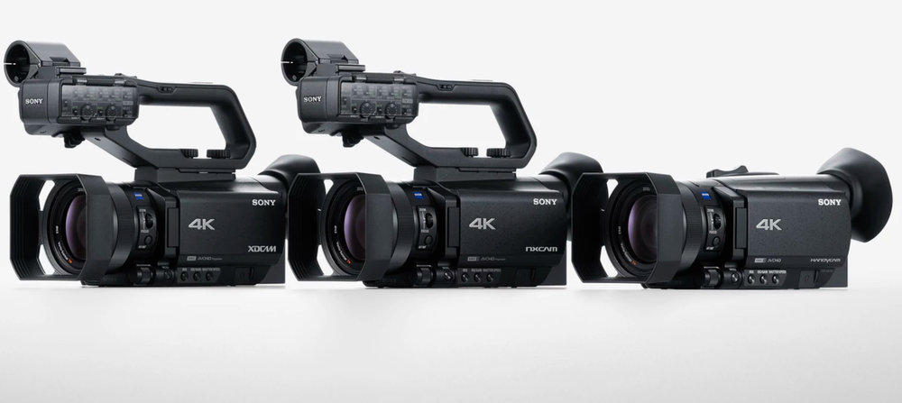 Sonys tre nya videokameror,XDCAM PXW-Z90, NXCAM HXR-NX80 och FDR-AX700. Samtliga av kalibern 4K HDR.