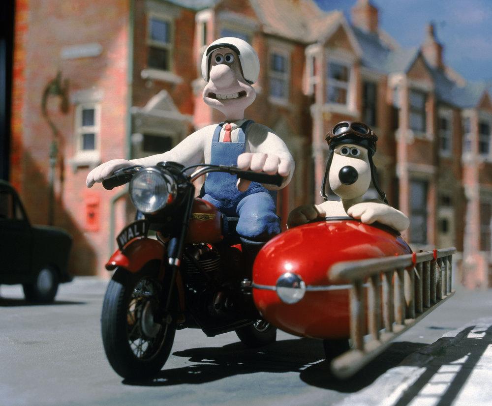 Wallace & Gromit tillhör Aardmans mest kända och älskade karaktärer. Nick Park jobbade på en film om dem och den slutfördes på Aardman Studios.