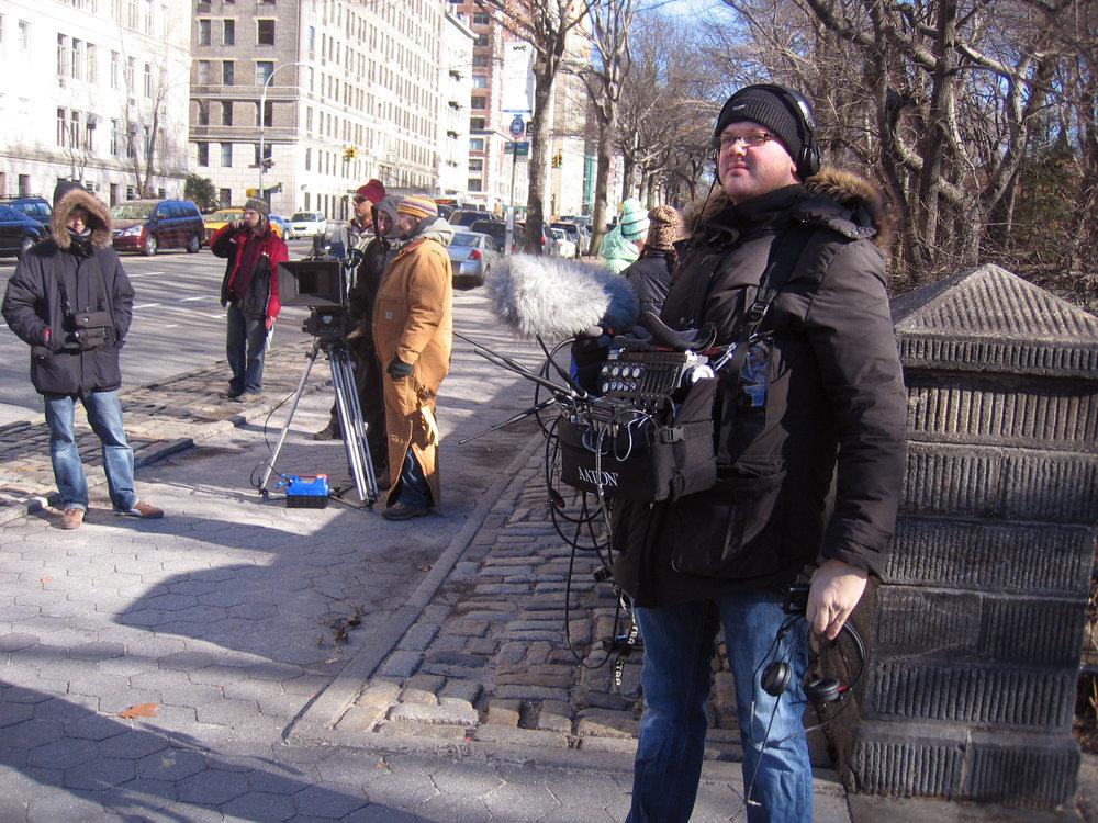 Under inspelningen av Mammut i New York fick han ibland jobba som han helst vill, med ett portabelt ljudkit på magen.