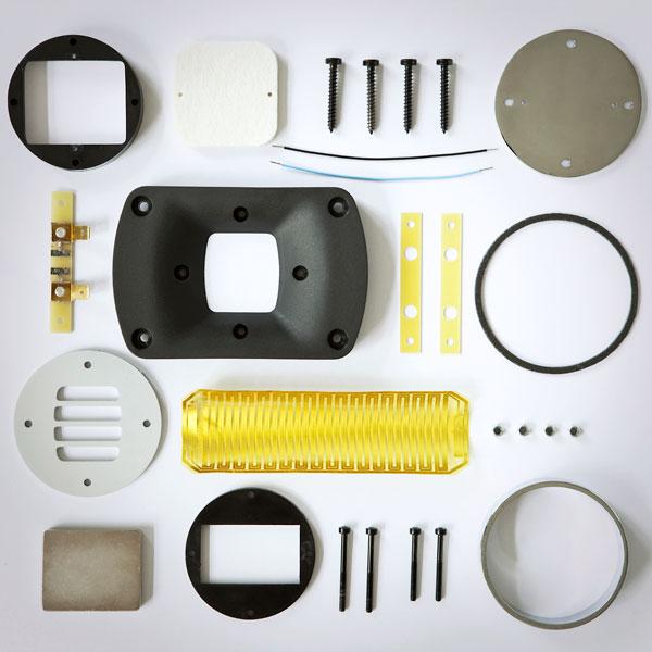 Byggsats? När alla delarna är hopbyggda får vi det fina diskantelementet som kröner HEDDs högtalare.