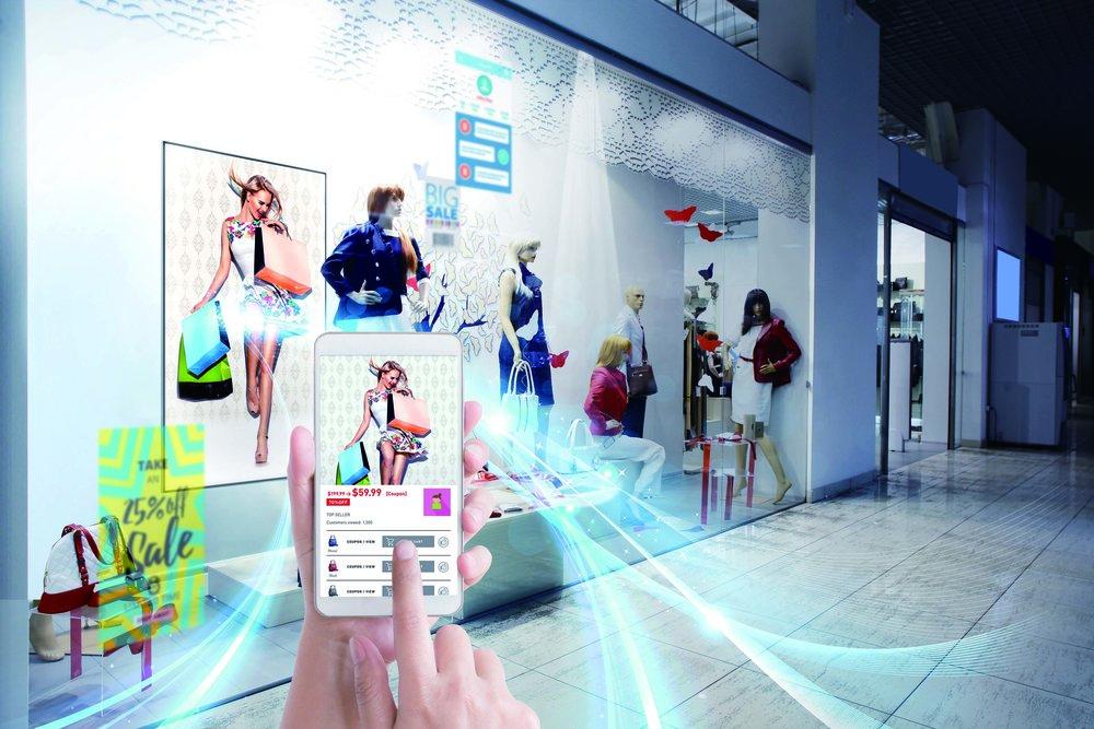 Klädkedjor som redan har en app för sina kunder kan integrera den med LinkRay-tekniken.